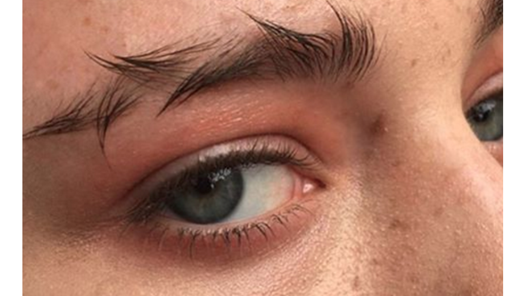 Get Wrecked: Barbed Wire Brows Are The New Trend