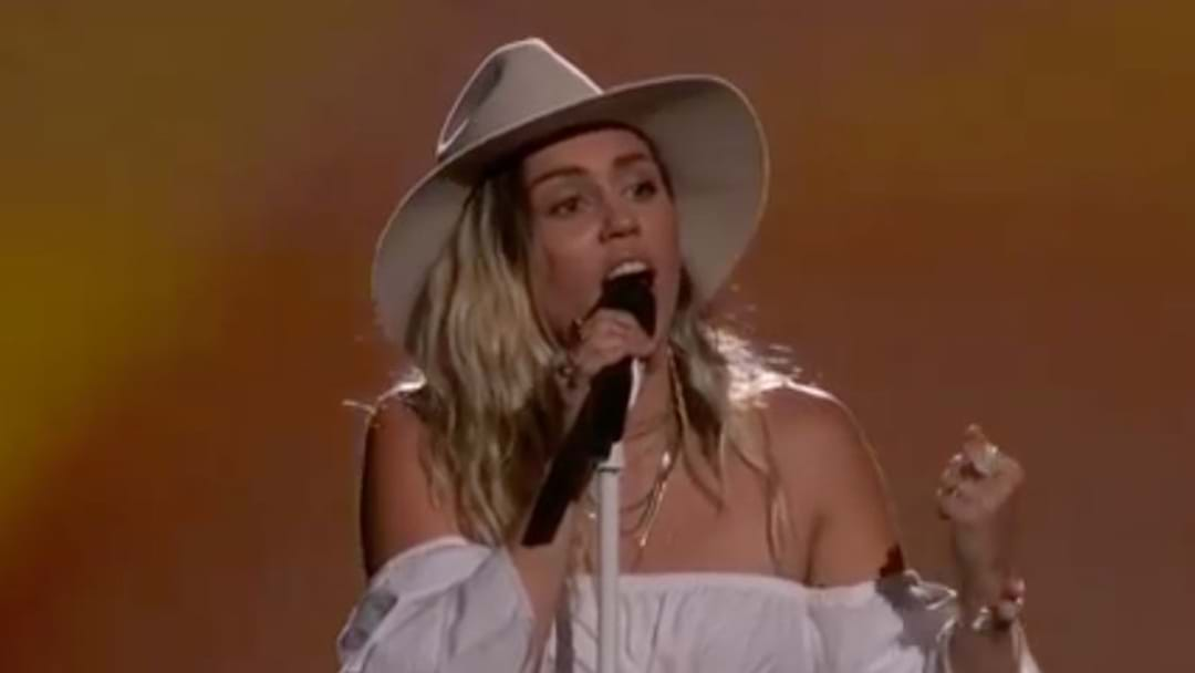 Miley Cyrus Brought The World To Tears With Her Comeback Performance