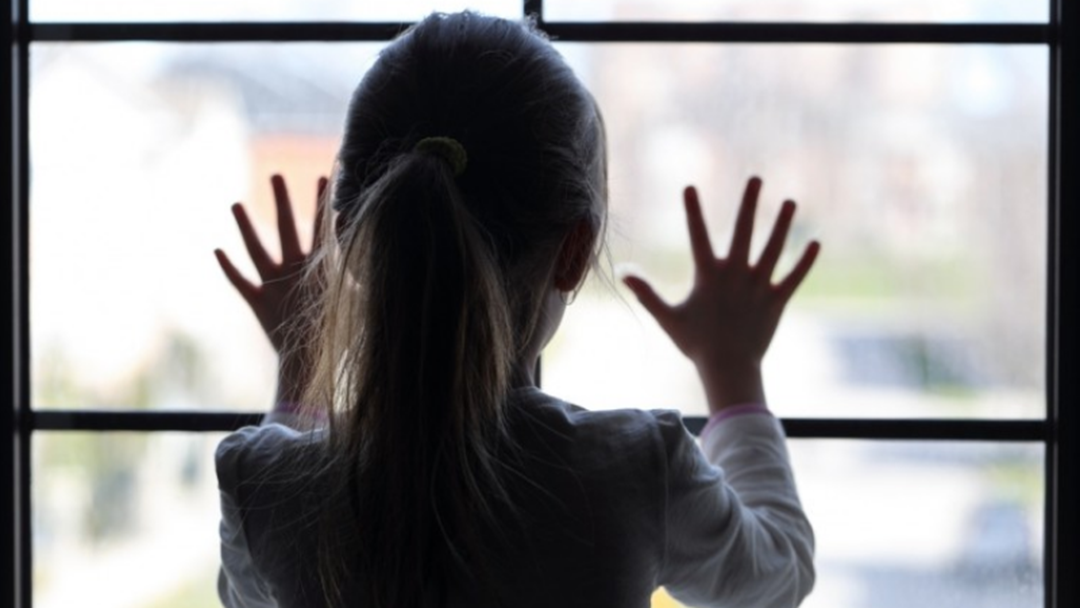 Police Warn Parents To Be Vigilant After 'Fake' Child Protection Caseworkers Visit Home