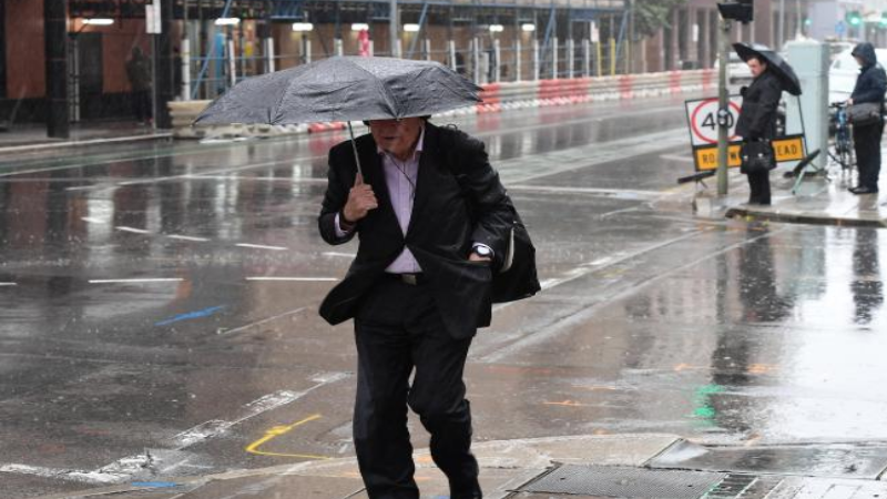 Melburnians Encouraged To Stay Inside As Wild Weather Is On Its Way