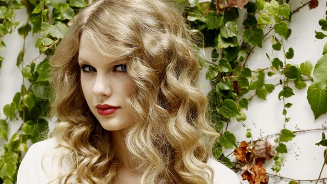 SHE'S BACK: Taylor Swift Has Returned To Social Media With Curly Hair!
