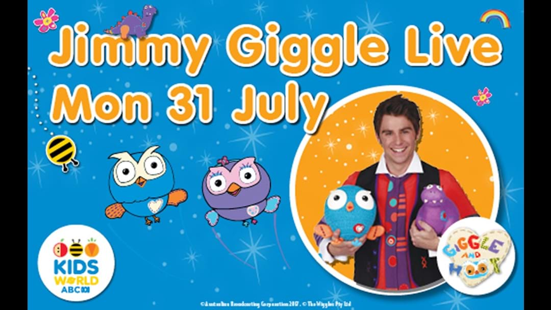 Jimmy Gigggle along with Hoot and Hootabelle at Dreamworld