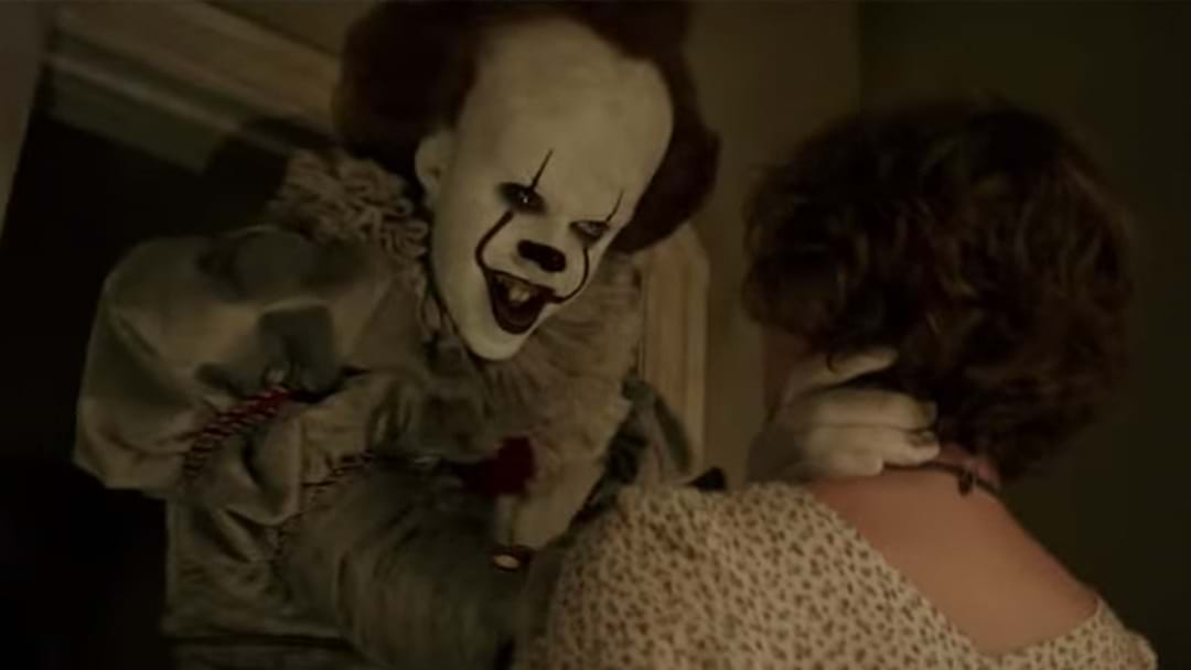 The Official 'It' Trailer Is Here - Watch Through Your Hands!