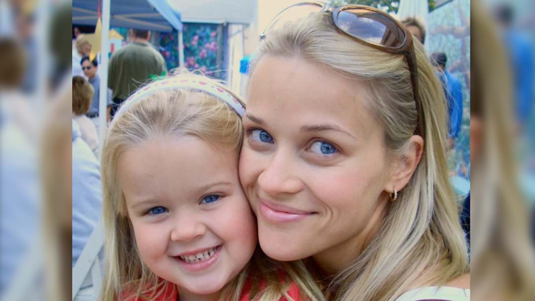 Reese Witherspoon Posts Photo Of Daughter Ava On Her 18th Bday & They Could Be Twins!