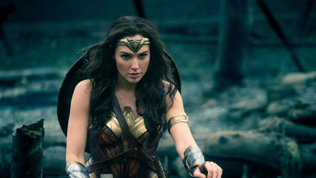 There's A HUGE Petition To Make Wonder Woman Bisexual In Sequel