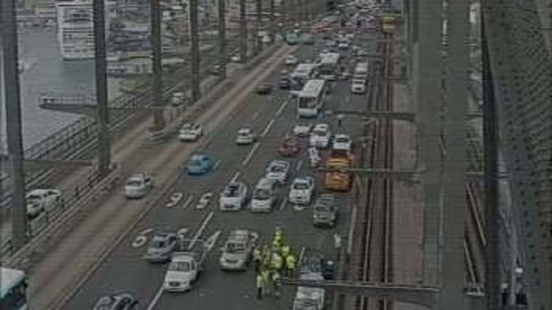 Chaos On The Sydney Harbour Bridge After Nasty Accident