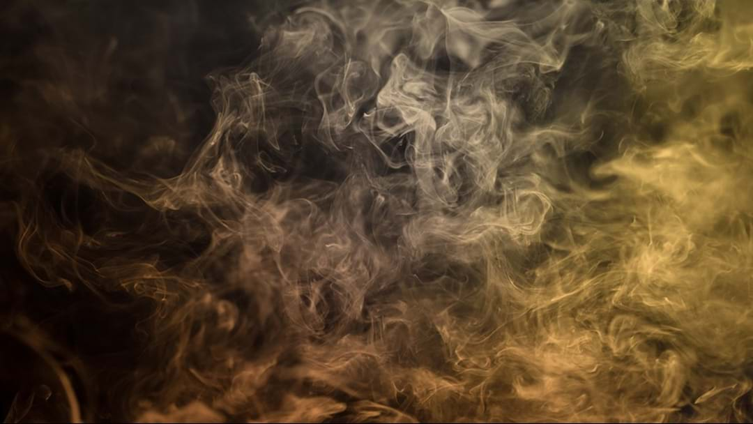 Experts Are Urging Smokers To Switch Over To Vaping