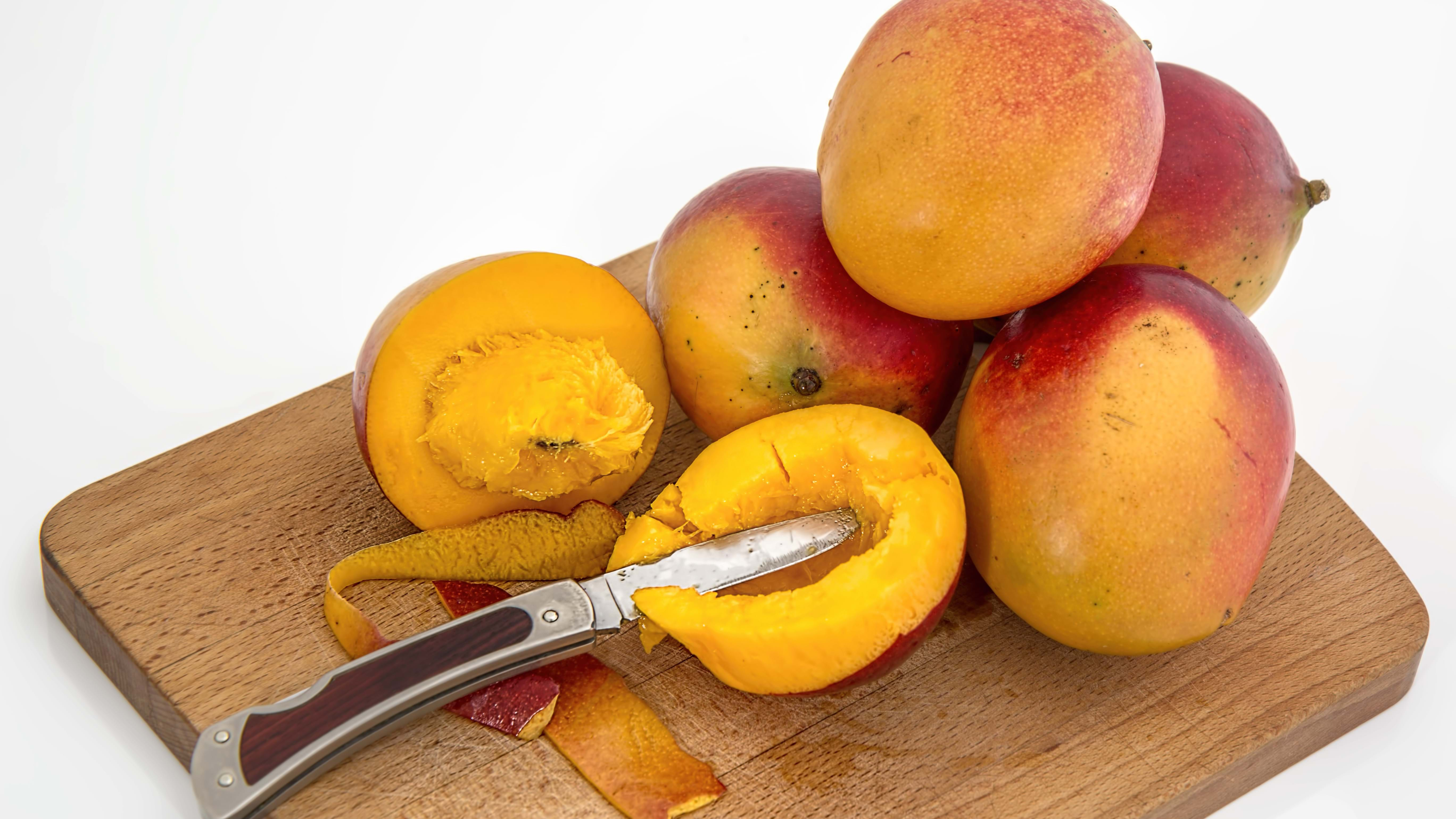 Article heading image for BREAKING: Needle Reportedly Found In Mango At West Gosford
