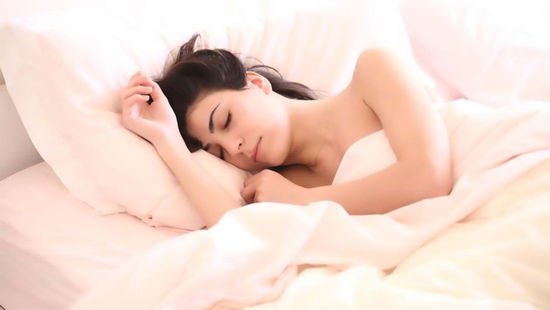People Who Sleep In On Weekends Will Live LONGER