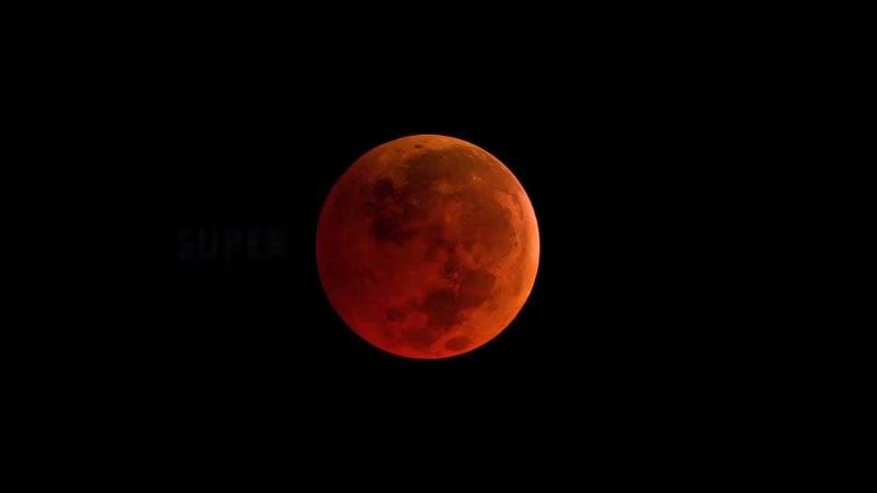 Western US will see moon turn red