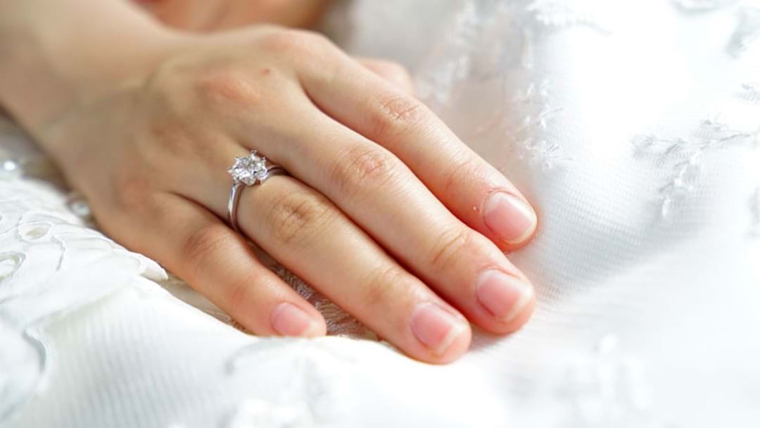 How Engagement Rings Have Changed In The Past 100 Years!