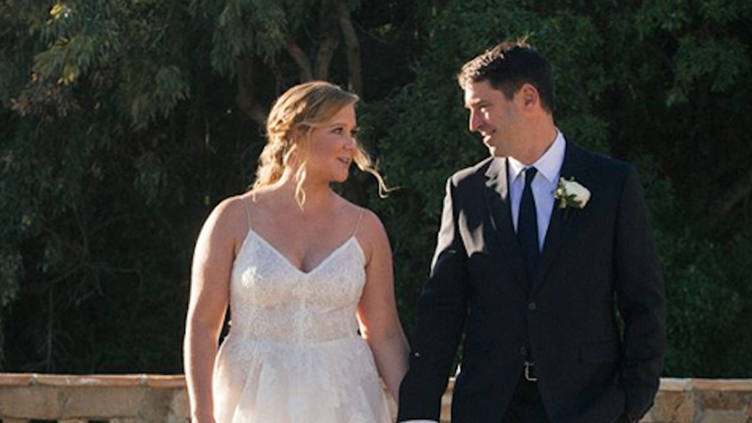 See The First Pics Of Amy Schumer's SECRET Wedding