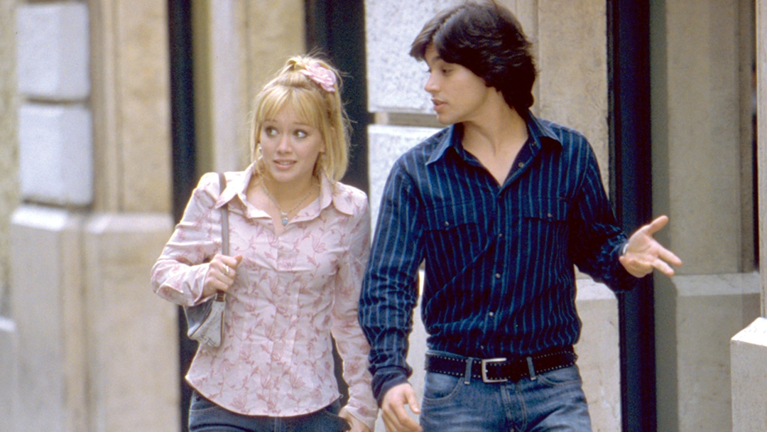 PSA: Paolo From 'The Lizzie McGuire Movie' Was On A Popular TV Show & No One Noticed!