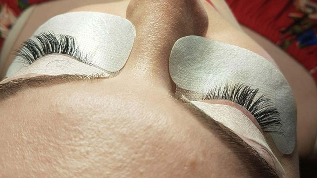 HEALTH WARNING: What You Need To Know Before Getting Eyelash Extensions