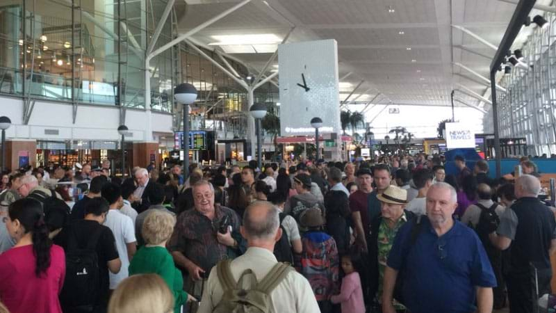 Technical issue causes huge delays at Sydney Airport