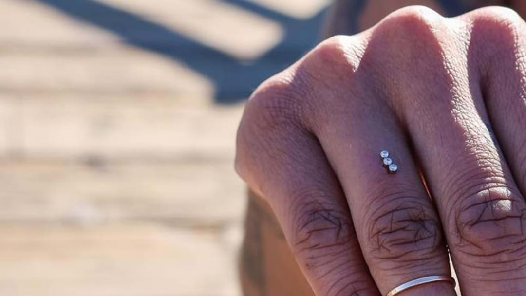People Are Replacing Engagement Rings With Finger Studs 'Cause Jewellery Is So Yesterday