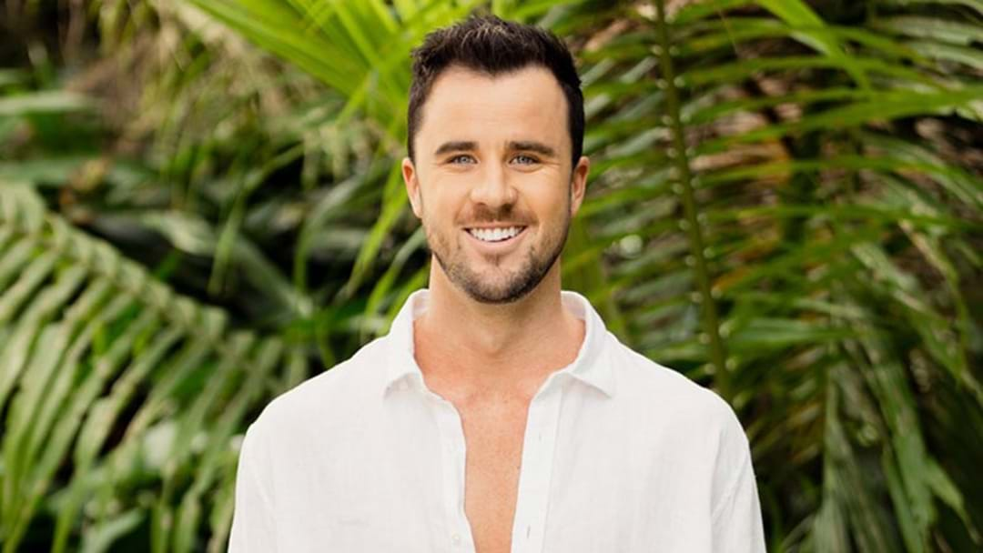 Brett Slams Bachelor In Paradise Online, Says His Girlfriend's Contract Was Ripped Up