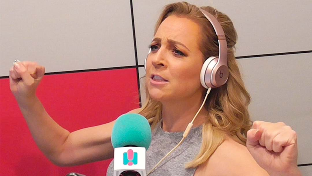 People Think Carrie Accidentally Took Her Microphone Into The Toilet