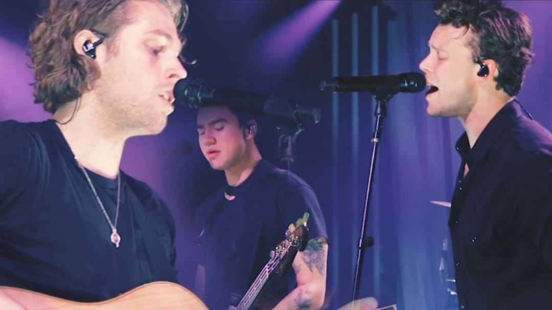 WATCH: 5 Seconds of Summer Delight Fans with an Intimate Gig