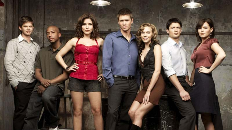 Article heading image for The 'One Tree Hill' Cast Are Hinting At A Reunion Episode & We Cannot Breathe