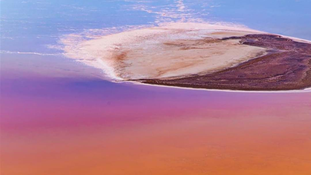 Floods Have Turned Lake Eyre Into A Natural Rainbow Wonderland!