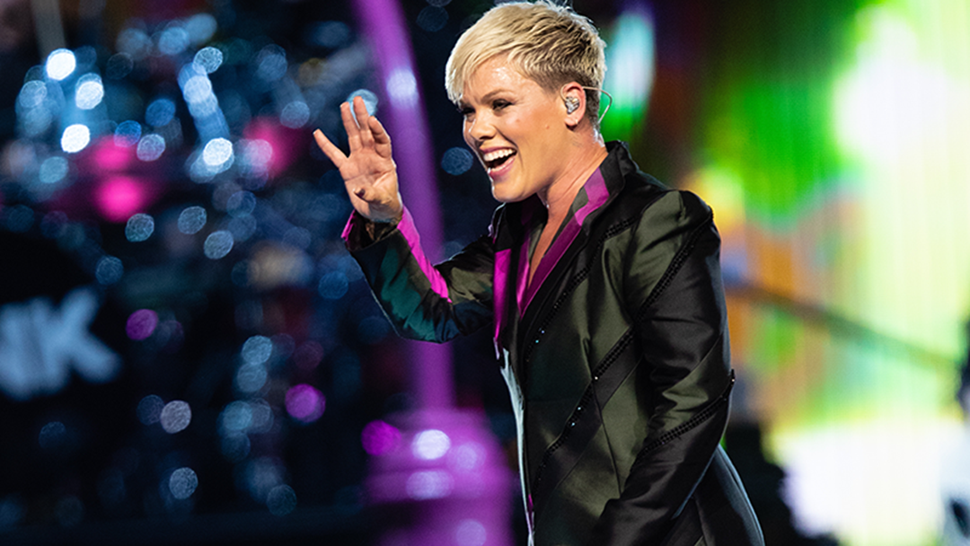Some of the Best Videos & Pics From P!nk's First Melbourne Show