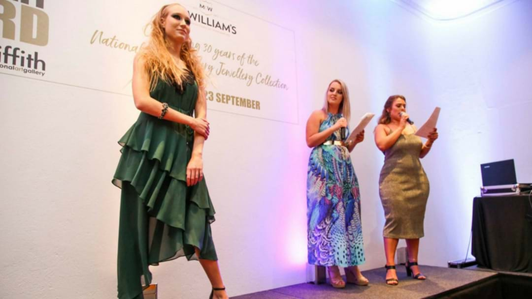 Black Tie Soiree A Success For Art Gallery And McWilliams Family Wines