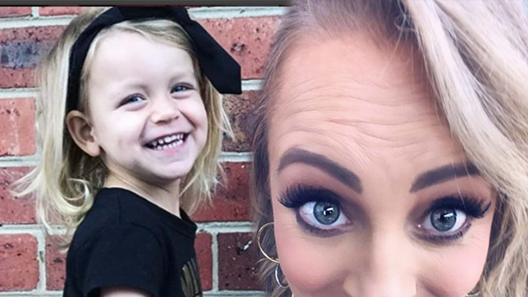 Carrie's 3 Year Old Points Out Mummy's Wrinkles In Hilarious Way