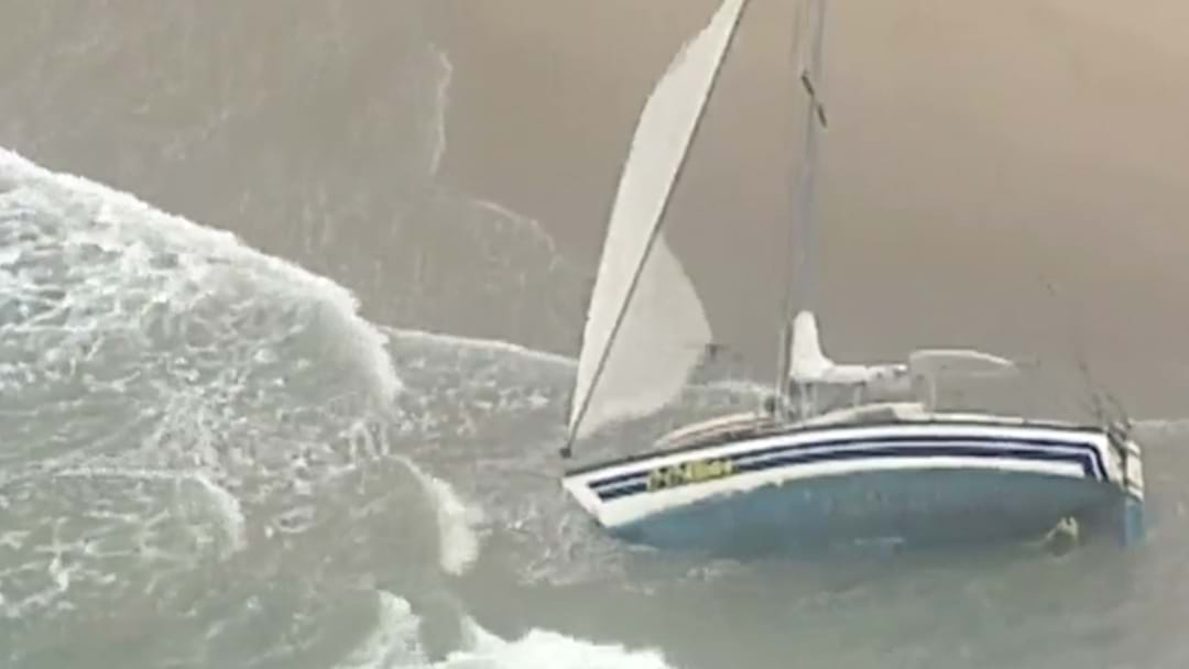 Man Dies After Yacht Capsizes In Sydney's South
