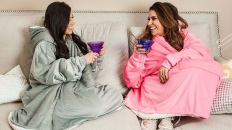 Article heading image for Blanket Jumpers Exist For Your Mates Who Are ALWAYS Cold