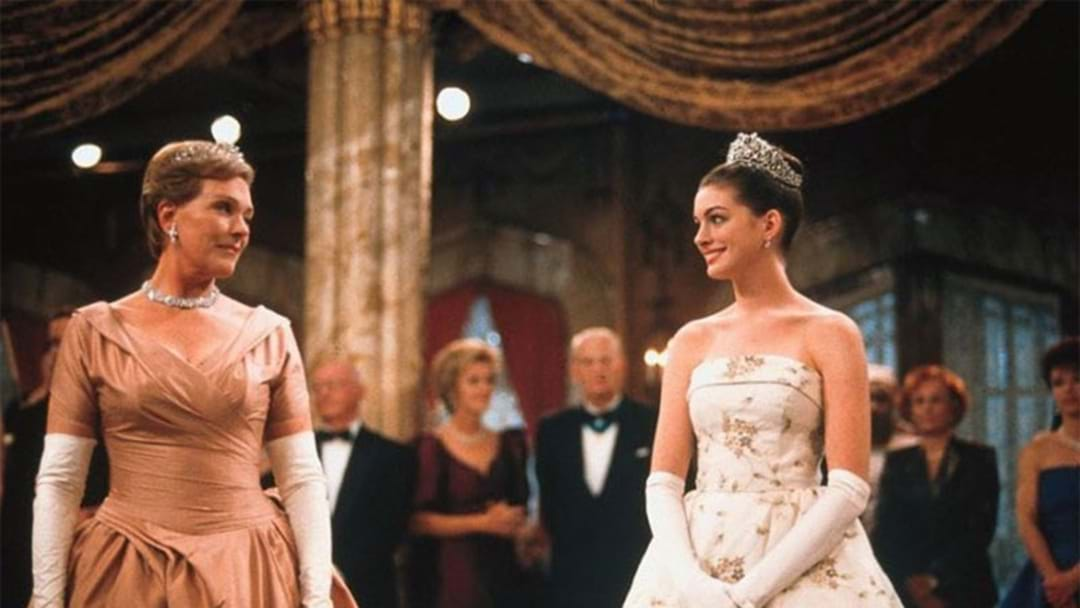 Anne Hathaway's 'Princess Diaries' Tribute To Julie Andrews Will Make You Cry Happy Tears