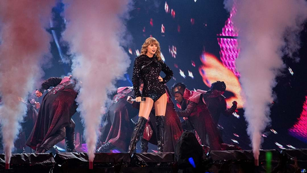 There's A Tiny Detail You Won't Want To Miss At Taylor Swift's Concert!