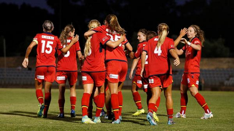 Article heading image for Coopers Stadium Hosts First Reds Women's Game Tonight