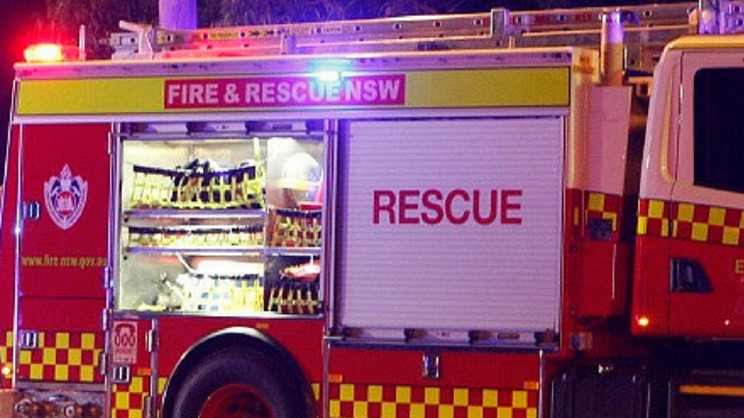 Fire Crews Attempting To Contain Bushfire In Lansdowne Reserve