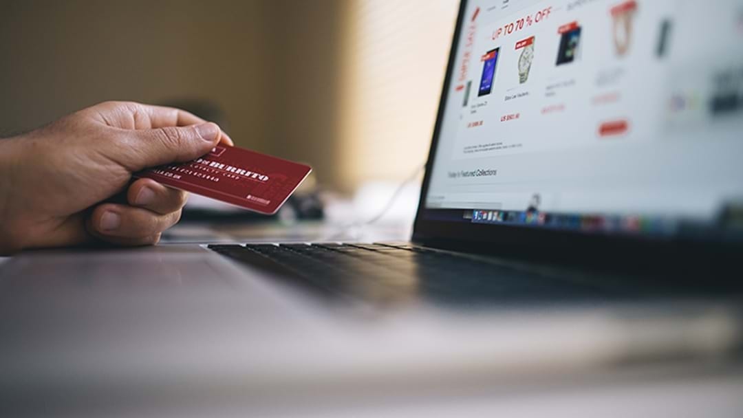 This Woman Found Her Online Shopping Being STOLEN By Her Neighbour
